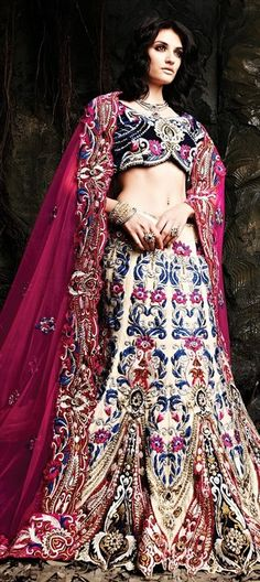 1a3b0ad188 94 Best Lehenga and sarees images