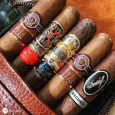 Good Cigars, Cigars And Whiskey, Zigarren Lounges, Famous Cigars, Cigars And Women, Cigar Art, Premium Cigars, Cigar Humidor, Cigar Smoking