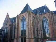 Buitenkerk (schoolpleinzijde)