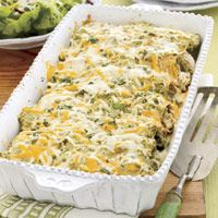 Topped with cheese and zingy green salsa, it's no wonder these chicken enchiladas score big at watch parties. Get the recipe for Salsa Verde Enchiladas Salsa Verde Enchiladas, Best Enchiladas, Rotisserie Chicken Enchiladas, Shrimp Enchiladas, Make Ahead Meals, Freezer Meals, Freezer Chicken, Tex Mex, Cinco De Mayo
