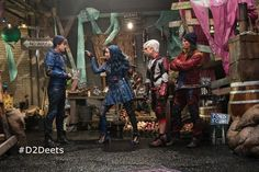 "DisneyChannelPR en Instagram: ""#ICYMI ""#Descendants2: It's Going Down"" special about the making of the highly anticipated movie is available now on-demand, on YouTube and…"""