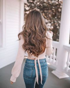 Walk confidently in the directions of your dreams. with amazing hair! Southern Curls And Pearls, Gymshark Flex Leggings, Hair Transformation, Hair Health, Trendy Hairstyles, Hair Trends, Hair Inspiration, Long Hair Styles, Beauty