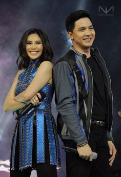 A rare moment, Alden Richards and Sarah Geronimo sharing the concert stage. Maine Mendoza, Alden Richards, Concert Stage, Tv Awards, September 1, Geronimo, Filipino, Jr, Sequin Skirt