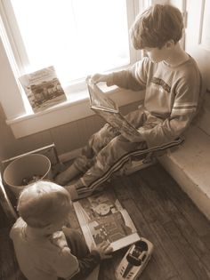Frugal Ideas for Making a Home Full of Learning.so delightful. and simple Teacher Notes, Home Learning, Fun Activities For Kids, Home Schooling, Frugal Living, Grandchildren, Parenting Hacks, Kids Playing, Book Worms