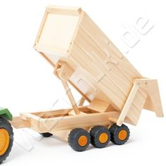 Holzfahrzeug Anhänger für Traktor grün