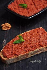 walnut-garlic sauce-construction Source by Breakfast Items, Breakfast Recipes, Baharat Spice Recipe, No Gluten Diet, Love Eat, Turkish Recipes, Food Porn, International Recipes, Gastronomia