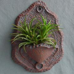 WALL HANGING PLANT DISPLAY For a Tillandsia - Dark red clay