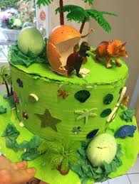 Image result for green easter bonnet ideas Boys Easter Hat, Dinosaur Easter Egg, Easter Bonnets For Boys, Easter Hat Parade, Easter Egg Crafts, Easter Bunny, Easter Eggs, Crazy Hat Day, Crazy Hats