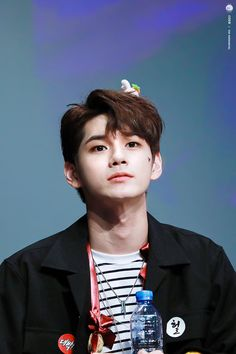He's the cutest omg All Meme, Ong Seung Woo, Lee Daehwi, Kim Jaehwan, 3 In One, Super Junior, Korean Beauty, Jinyoung, Boyfriend Material