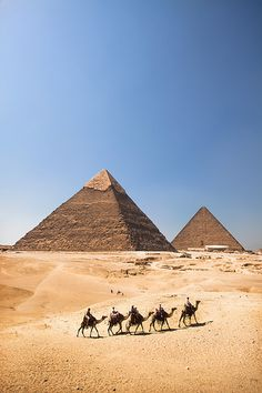 The Pyramids - Egypt, Giza, Pyramids