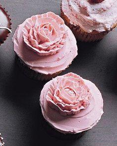 Piped-Rose Cupcakes Recipe