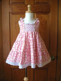 Hand smocked girl toddler twirly tiered dress white daisies on pink Size 2/2T Ready to Ship