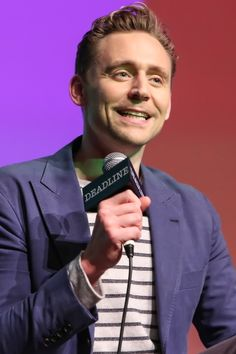 Tom Hiddleston at Deadline's The Contenders Emmys event on April 10, 2016. Full size image: http://ww1.sinaimg.cn/large/6e14d388gw1f2snd325i1j21x72bc7wh.jpg Source: Torrilla, Weibo