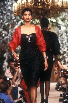 Fall/Winter Looks From The Runway: 1985 - Page 5