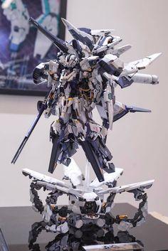愼 ☼ ριητεrεsτ policies respected.( *`ω´) If you don't like what you see❤, please be kind and just move along. Gundam Toys, Gundam 00, Gundam Wing, Robot Concept Art, Robot Art, Robot Manga, Mecha Suit, Gundam Astray, Gundam Wallpapers