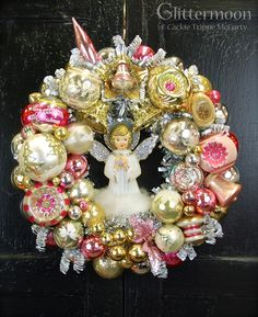 Vintage Christmas Ornament Wreath – Deanna M. Vintage Christmas Crafts, Retro Christmas Decorations, Shabby Chic Christmas, Merry Christmas, Pink Christmas, Christmas Mantles, Christmas Christmas, Christmas Villages, Victorian Christmas