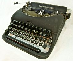 Working Vintage Typewriter Remington Rand Delux by anodyneandink, $175.00