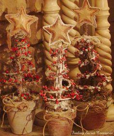 bedspring Christmas trees at Finding Secret Treasures Primitive upcycling! Primitive Christmas, 12 Days Of Christmas, Country Christmas, Christmas Holidays, Christmas Decorations, Christmas Trees, Christmas Christmas, Tree Decorations, Christmas Ornaments