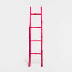 http://www.zarahome.com/nl/bijzetmeubels/roze-bamboe-handdoekenrek-c1293877p6910390.html