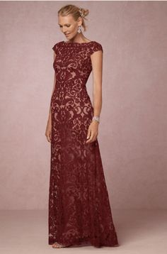 Gorgeous Mother of the Bride Dresses for Fall – mywedding Deep reds are the color of fall, making this dress on-trend. The intricate embroidery overlays create an elegant design for a more formal ceremony. Mob Dresses, Fall Dresses, Evening Dresses, Bridesmaid Dresses, Dresses With Sleeves, Party Dresses, Chiffon Dresses, Fashion Dresses, Women's Fashion