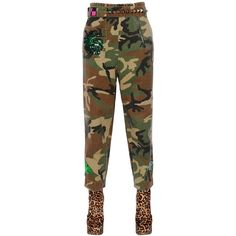 Marc Jacobs Women Embellished Camo Cotton Canvas Pants (€795) ❤ liked on Polyvore featuring pants, khaki, patch pants, stretch waist pants, khaki trousers, camoflauge pants and camo trousers