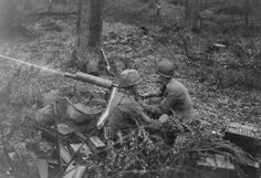 Men of 2nd Platoon, D Company, 39th Infantry Regiment in action