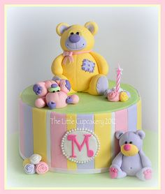 Bear 1st birthday cake
