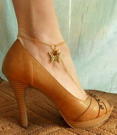 Anklet Sandals in 14k Gold Filled Gold Butterfly and freshwater pearls, barefoot sandal - Available in SILVER too on Etsy, $35.00