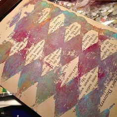 AlteredStatesStudio: gelli plate and mini mailart. then, there was actually still the paint and pattern on my actual gelli plate.....don't forget about that. i used RobenMarie's idea of a file folder and printed my plate onto my folder. then, for some interest- added a little more paint with another stencil, some stamps (you can find the stamps here), washi tape, and a few paper circles. oh, and i added that small strip of a security envelope along the right edge. and poof! mailart!