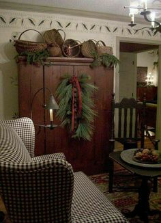 primitive homes picturetrail Primitive Homes, Primitive Living Room, Primitive Kitchen, Primitive Furniture, Primitive Crafts, Primitive Country, Primitive Snowmen, Primitive Antiques, Country Furniture