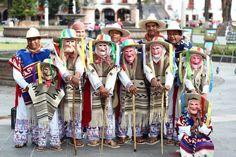 En Pátzcuaro puedes admirar La Tradicional Danza de los Viejitos