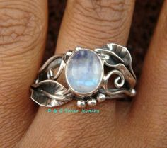 Argent sterling chatoyante Rainbow Moonstone Leaf Design Cocktail Ring RI-301-DG