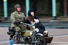 101 year old motorcycle & sidecar  via Erasmus T