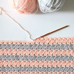 """729 Beğenme, 49 Yorum - Instagram'da Daisy Farm Crafts (@daisyfarmcrafts): """"I've updated my modern granny blanket pattern on my website today. You can swipe your way right to…"""""""