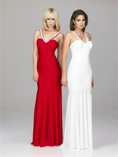 Beaded Jeweled V Shape Neckline Ruched Sweep Train Stretch Jersey Prom Dress   PD10632 www.dresseshouse.co.uk $118.0000