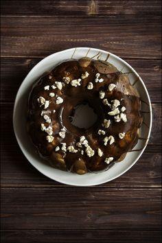 Gâteau à la poire, zestes d'orange et Okaramel au chocolat de L'@abbayevnd
