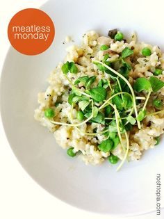 #MeatlessMonday Idea: Semi-homemade Florentine Risotto With Creminis, Sweet Peas, and Pea Shoots
