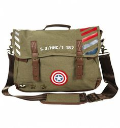 This cool messenger #bag is just the thing to make sure you're equipped for any sudden #superhero situations! With adjustable straps and buckles and awesome #CaptainAmerica additions like the iconic shield and star studs, it's a perfect piece of kit for school or work. xoxo