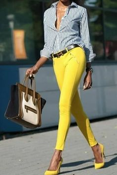 I am digging these yellow jeans Mode Outfits, Office Outfits, Casual Outfits, Fashion Outfits, Womens Fashion, Sweater Outfits, Fashion Shoes, Fashion Clothes, Fashion Tips