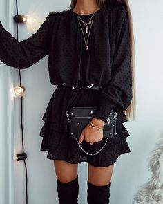 Comfy Outfits for School: Best for Cute and Stylish Look - Wewer Fashion Black Women Fashion, Look Fashion, Autumn Fashion, Womens Fashion, Luxury Fashion, Mode Outfits, Winter Outfits, Casual Outfits, Fashion Outfits