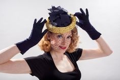 Vintage 1940s Pineapple Veil Hat - Navy Blue Yellow - Spring Fashions