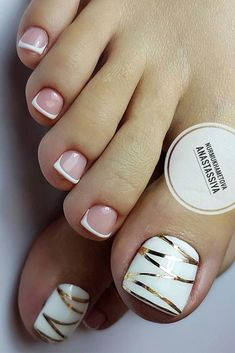 Here are the best nail polish you can use right now, they are very cheap to buy and gives the finger gorgeous look than ever. no matter what type of finger nails you have there is a polish that fits that nail and you will find it her. Pretty Toe Nails, Cute Toe Nails, My Nails, Pretty Toes, Beach Toe Nails, Gold Toe Nails, Toe Nail Color, Toe Nail Art, Nail Colors