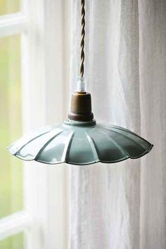 Lamp Inspiration, Interior Inspiration, Diy Floor Lamp, Everything Is Illuminated, Interior Architecture, Interior Design, Light My Fire, Lamp Shades, Lamp Light