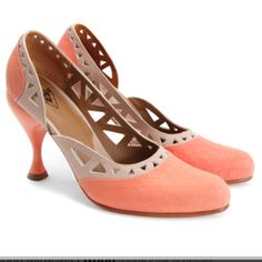 Fluvog Coral cut out heels... 99$!