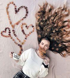 Most creative hair photography… Creative Portrait Photography, Autumn Photography, Tumblr Photography, Creative Portraits, Girl Photography Poses, Creative Photos, Amazing Photography, Cool Photos, Amazing Photos