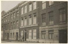 Meisjesschool in de Van Speijkstraat.