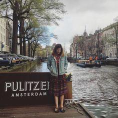 El post sobre nuestra gélida escapada a #Amsterdam después de la hora de la #siesta  #domingo #fiesta #finde #relax #findesemanalargo #Bookingsday #holland #iamsterdam #love #traveling #FMAonthego #travelgram #enjoy #travel #weekend #Fashionisima #travelstyle #findesemana #koningsdag #orange #orangeisthenewblack #asos #denim #outfit #ootd #sunday #funday #funfashion