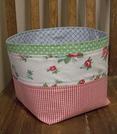 Como fazer cesta de tecido Mais