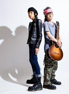 ザ・クロマニヨンズ「入り口はどこでもいい。ルールなしで楽しんで」   It's time to Listen!   今日トレ by Tarzan   マガジンハウス Leather Fashion, Mens Fashion, Rock Style, Rock And Roll, Stylists, Blue Hearts, Punk, Musicians, Guitar