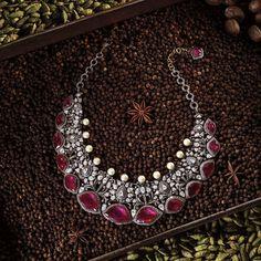 Pearl And Diamond Necklace, Ruby Bracelet, Emerald Necklace, Diamond Necklaces, Pearl Diamond, Diamond Jewellery, Jewellery Box, Indian Wedding Jewelry, Indian Jewelry